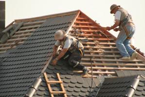 7 clés pour économiser sur la réparation d'un toit